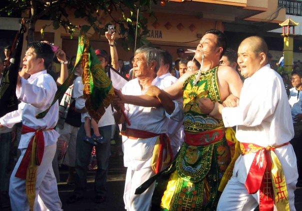 Nampak salah satu ritual Thang Sin di daerah Manado