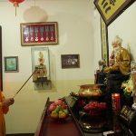 Bolehkah Sembahyang Dewa-Dewi Memakai Sam Seng ?