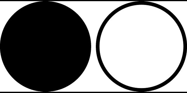 lingkaran hitam dan putih