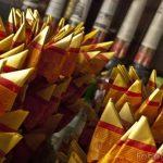 Perlukah Melakukan Tradisi Bakar Kertas Kimcoa?