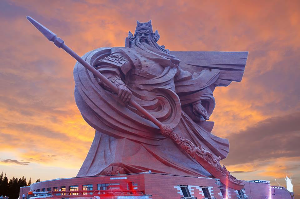 Patung Guanyu 4