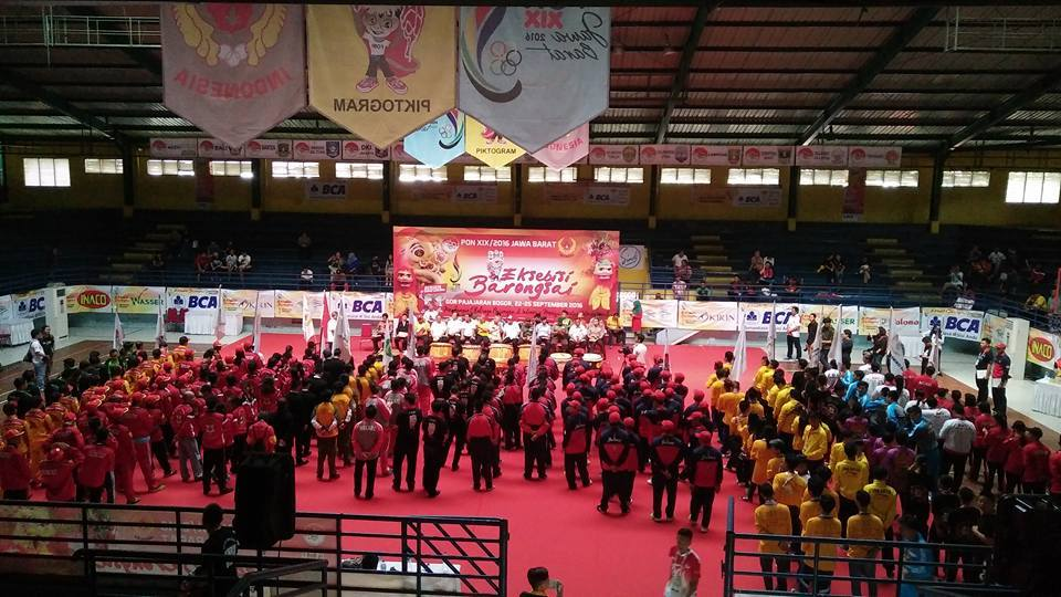 barisan-atlit-barongsai-seluruh-indonesia-2